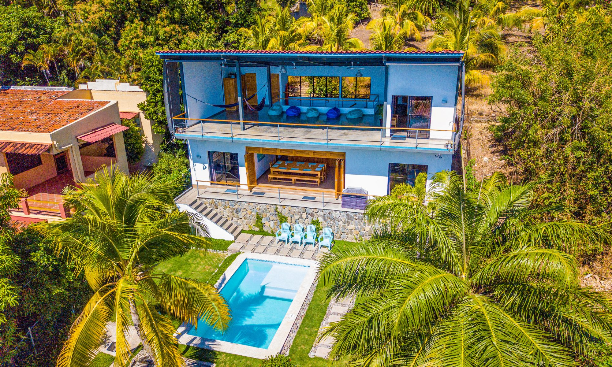 View of the house and the pool from the air
